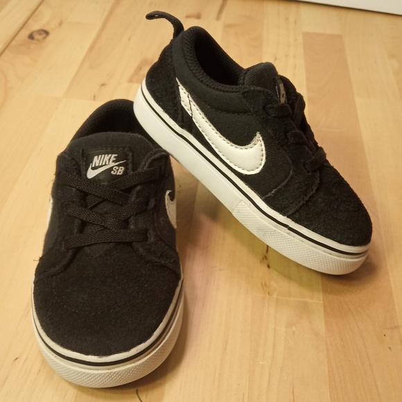 Nike Shoes Sb Satire Ii Td Skate Shoe Kids Size 6c Poshmark